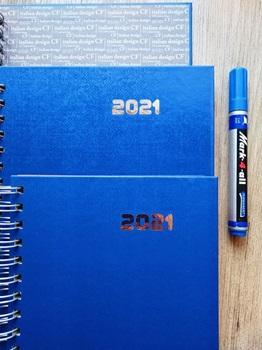 Agenda 2022 Cangini N 7 Dia Gofrada Azul Espiral